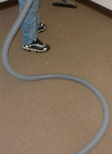 "8 foot lead hose [1.5""]"